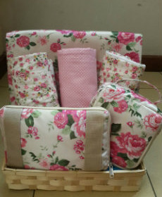 Ramadan Gift  White and Pink Flowers